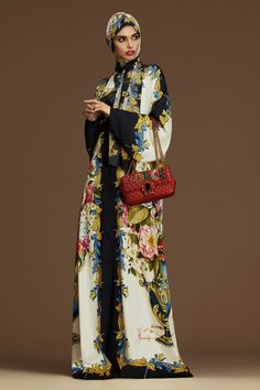 The Cultured Twists Behind Dolce and Gabbana Pre-Fall Abayas