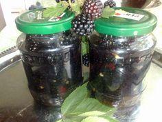 Honey blackberries- Černice v mede Homemade Jelly, Korn, Kimchi, Drink Bottles, Preserves, Blackberry, Mason Jars, Spices, Frozen