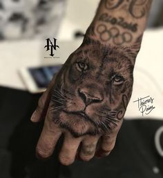 Neymar's latest tattoo on his hand | 27.10.17