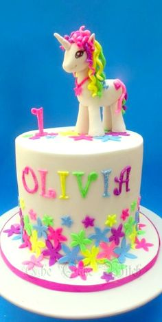 Unicorn Cake - For all your cake decorating supplies, please visit craftcompany.co.uk