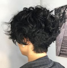 60 Most Delightful Short Wavy Hairstyles Black Tapered Pixie for Wavy Hair Curly Pixie Haircuts, Short Curly Pixie, Curly Hair Cuts, Short Hair Cuts, Curly Hair Styles, Wavy Hairstyles, Thin Hair, Casual Hairstyles, Wedding Hairstyles