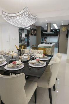 Le meilleur éclairage pour votre salle à manger. #eclairage #decoration #salleamanger http://magasinsdeco.fr/des-salles-manger-conviviales/                                                                                                                                                      Mais