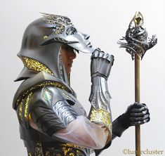 This 3D Printed Internally Lit Fantasy Armor Is Every Cosplayer's Dream
