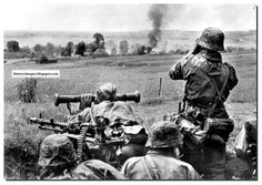 HISTORY IN IMAGES: Pictures Of War, History , WW2: Rare Images Of WAFFEN SS