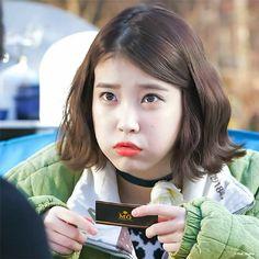 Cute Poses, K Idol, Korean Singer, Kdrama, Actresses, Lifestyle, Memes, Female Actresses, Meme