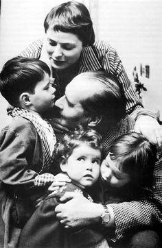 Ingrid Bergman & Roberto Rossellini with their three children (son, Renato Roberto, and twin girls Isabella & Isotta)