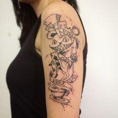 1st Session! Blackwork Sketch tattoo art by @dn_alves Alice in the wonderland // no país das maravilhas Daniel R Alves Tattoo artist