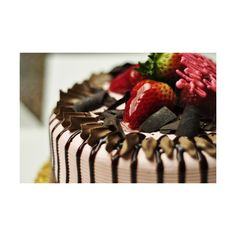 food-and-cake-escape.tumblr.com ❤ liked on Polyvore featuring food