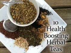 10 Health Boosting Herbal Teas Herbal Teas can provide many vitamins and minerals and are a delicious alternative to plain water. Herbal Remedies, Health Remedies, Natural Remedies, Tea Recipes, Real Food Recipes, Healthy Recipes, Healthy Tips, Wellness Mama, Health And Wellness
