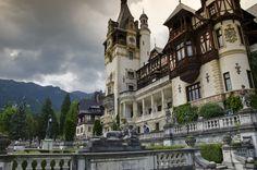 El castillo Peles de Rumanía, como llegar al Castillo Peles desde Brasov - http://diarioviajero.es/rumania/como-llegar-castillo-peles/ #Rumanía