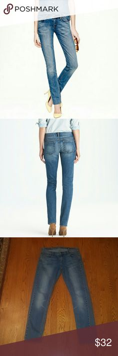 J.Crew selvedge Matchstick jeans size 29 J.Crew Selvedge blue Matchstick jeans size 29/8.  These jeans are amazing! They are in excellent condition, minus a very tiny Mark  (ink?) On the thigh, not very noticable.  Bundle and save!! J. Crew Jeans