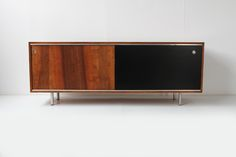GEORGE NELSON SIDEBOARD http://www.galerie44.com/fr/mobilier/george-nelson-sideboard-detail