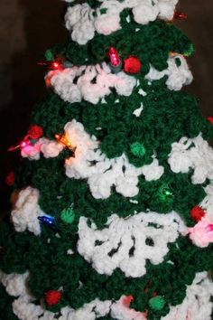 Lit up crochet Christmas tree