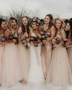 Mix n match babes ⚡️⚡️ Photography || @peytonrbyford Florals || @forevercoleevents