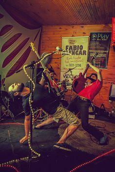 20 de Outubro, 2011 - Nevilton @ Tribos Bar   Flickr – Compartilhamento de fotos!