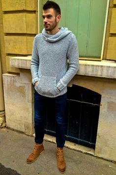 Pull And Bear Sweat, H&M Jeans, No Brand Boots