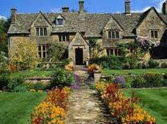 Traditional Cotswold house and gardens, Gloucestershire, England. Landscaping Around Trees, Gravel Landscaping, Small Front Yard Landscaping, Farmhouse Landscaping, Modern Landscaping, Landscape Timbers, House Landscape, Landscape Design, Beautiful Gardens