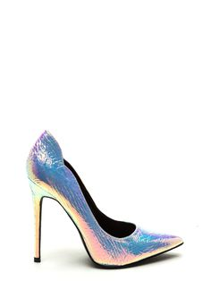 Tired of seeing the same old pumps everywhere? Well, we took things up a notch with these iridescent heels.