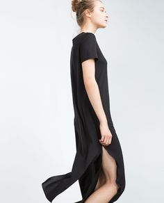 Image 4 of LONG T-SHIRT WITH BACK OPENING from Zara