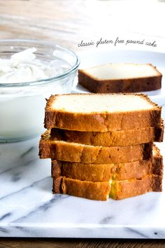 Classic Gluten Free Pound Cake and friendly too just choose appropriate GF flour blend like King Arthur Gluten Free Deserts, Gluten Free Sweets, Foods With Gluten, Gluten Free Cooking, Dairy Free Recipes, Healthy Recipes, Gluten Free Pound Cake, Gluten Free Cakes, Comidas Light