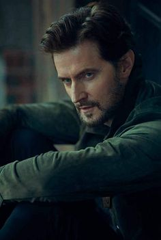 Everything related to the English actor Richard Armitage. Richard Armitage Hobbit, Richard Armitage Twitter, Richard Armitage Girlfriend, Hannibal Red Dragon, Handsome Male Models, Handsome Man, Berlin Station, Francis Dolarhyde, John Thornton