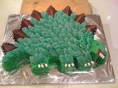 The Dinosaur Cake :)