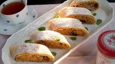 Z těsta můžete připravit dva delší nebo 3–4 kratší záviny, podle toho, máte-li rádi koncové patky. Podávejte navíc s karamelovou omáčkou nebo šodó, zmrzlinou, šlehačkou nebo kysanou smetanou. Rozinky můžete nahradit sušenými brusinkami nebo vynechat. Tacos, Mexican, Fresh, Baking, Ethnic Recipes, Sweet, Food, Candy, Bakken