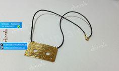 Collar Referencia: coll5 Valor: $15.000 Para: Mujer o Niña Material: Cuero y oro Goldfield Cuidados: No mojar y evitar el contacto con perfumes