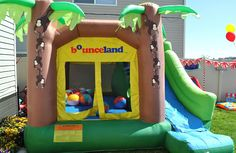 Beach balls in the bounce house is a great idea. We have a bunch of the small ones, but this could be fun. Circus Carnival Party, Carnival Birthday Parties, Circus Birthday, 3rd Birthday, Big Top Circus, Halloween Donuts, Bouncy House, School Events, Indoor Play