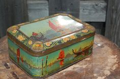 Antique Tin With Images of Venice.