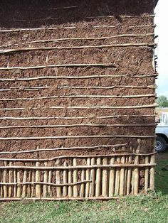 Wattle and daub photos free images) Cob Building, Building A House, Willow Furniture, Small Cabin Plans, Wattle And Daub, Rammed Earth Homes, Jungle House, Diy Wand, Medieval Houses