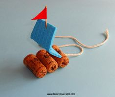 Summer Crafts For Kids another cute beach craft! I think this is so cute