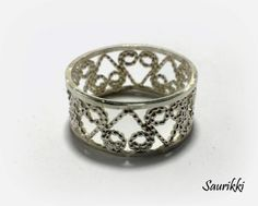 Silverfiligree ring
