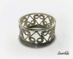 Silverfiligree ring