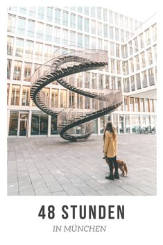"""Neben den bekannten Sehenswürdigkeiten wie die Frauenkirche, die mit ihren Zwiebeltürmen das Wahrzeichen der Stadt ist, der Aufstieg auf den Peter, von dem ihr einen gigantischen Blick über die ganze Stadt habt und ein Spaziergang über den Viktualienmarkt gibt es auch noch einige Insider Tipps für München. Die erste Indoorwelle in Deutschland, der schönste See um München und den besten Spaziergang durch die Stadt findet ihr im Post """"48 Stunden in München"""" auf www.lilies-diary.com. Der…"""