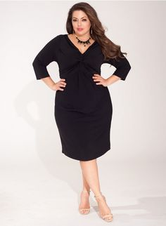 Plus size clothing for full figured women. We carry young and trendy, figure flattering clothes for plus size fashion forward women. Curvalicious Clothes has the latest styles in plus sizes Plus Size Dresses, Plus Size Outfits, Party Dresses Online, Plus Size Kleidung, Leather Dresses, Lingerie, Online Dress Shopping, Lovely Dresses, Girl Fashion