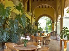 #Outdoor living in this magnificent Spanish Colonial Hacienda dated back to the late 1800's.