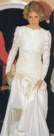 18 October 1985: Princess Diana attending a dinner with the Hampshire Regiment In Berlin. The Princess Of Wales Is Their Colonel-in-chief.