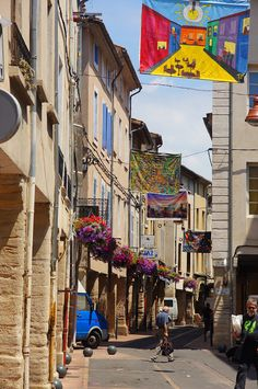 Carpentras - My travel to Southern France | Paul Glory