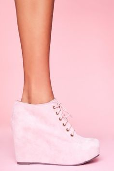 99 Tie Wedge - Pink Suede - NASTY GAL - StyleSays
