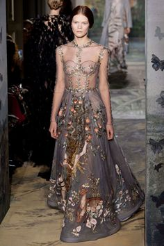 Spring 2014 Couture   Valentino Collection