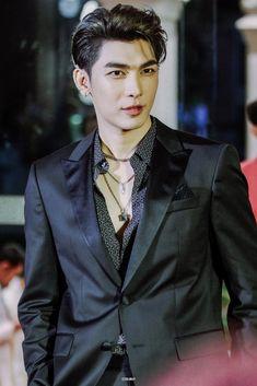 Perfect Man, Dramas, Suit Jacket, Singer, Wallpapers, Actors, Blazer, Model, Jackets