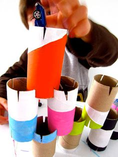handmade toys Looking for cute and cheap to build homemade toys? Here are 5 simple, easy to make toys for kids. Kids Crafts, Craft Activities For Kids, Toddler Activities, Projects For Kids, Toilet Paper Roll Crafts, Cardboard Crafts, Diy With Kids, Kids Diy, Toy Cupboard