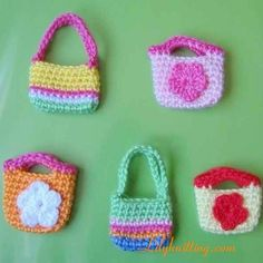 PATTERN – A set of Crocheted Doll Bags/Purses « Lilyknitting – Patterns and Crochet