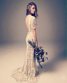 Se seu estilo é o boho você está no lugar certo! Confira aqui 9 lindos vestidos de noiva no estilo boho e saiba quais as tendências pra você arrasar no look