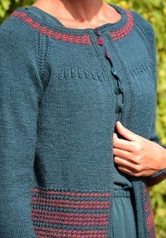 Czerwień w petrolu od Migdał Raglan, Pullover, Knitting Patterns, Crochet Patterns, Knit Cardigan, Mantel, Knit Crochet, Weaving, How To Make
