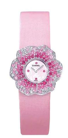 Chanel flower watch in pink my favorite color! Pink Love, Pretty In Pink, Pale Pink, Camelia Chanel, Chanel Flower, Vintage Pink, Tout Rose, Saphir Rose, Chanel Watch