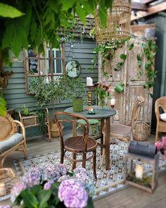 Small Courtyard Gardens, Small Courtyards, Outdoor Gardens, Outdoor Rooms, Outdoor Living, Outdoor Furniture Sets, Outdoor Decor, Backyard Patio, Backyard Landscaping