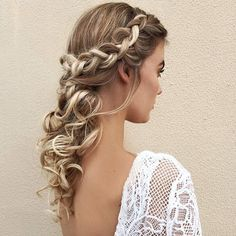 Select one of these hairstyles and enjoy. You will not make mistake for sure.