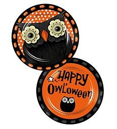 Set of 2 9-Inch Hand-Painted Ceramic Happy Owl'oween Dessert Plates OMG I want!!!